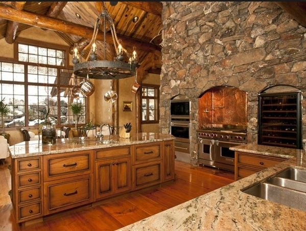 Cocina-muro piedra-tarima