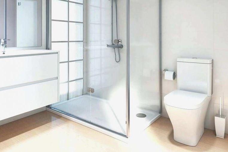 Plato de ducha sobre ventanal de cuadros