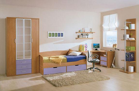 Arcolínea: Dormitorio amueblado, con suelo de tarima de haya blanca